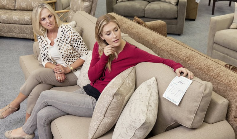 Top 10 Tips For Buying Stylish Furniture On A Budge