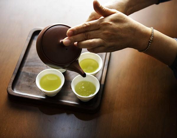 drink green tea