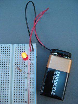 How To Breadboard An Led Circuit