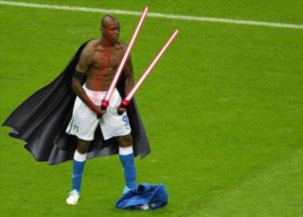 Mario Balotelli meme photoshop 16 - Le foto divertenti su Balotelli