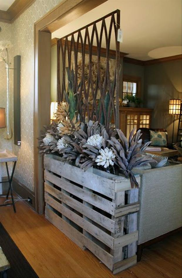 30 Amazing Uses For Old Pallets on Pallet Room Ideas  id=67586