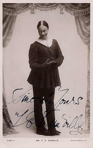photograph: Mr T.E. Dunville on-stage