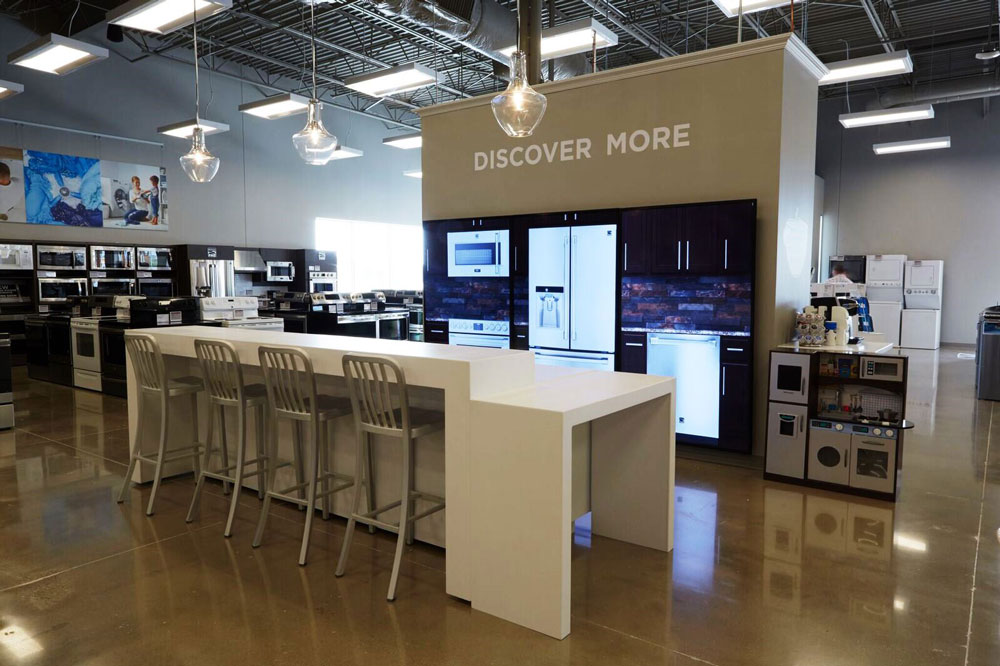 I Skinned All The Kitchen And Appliance Elements And Worked With UXA And  Development To Implement This Life Sized Digital Display For The Sears  Appliance ...