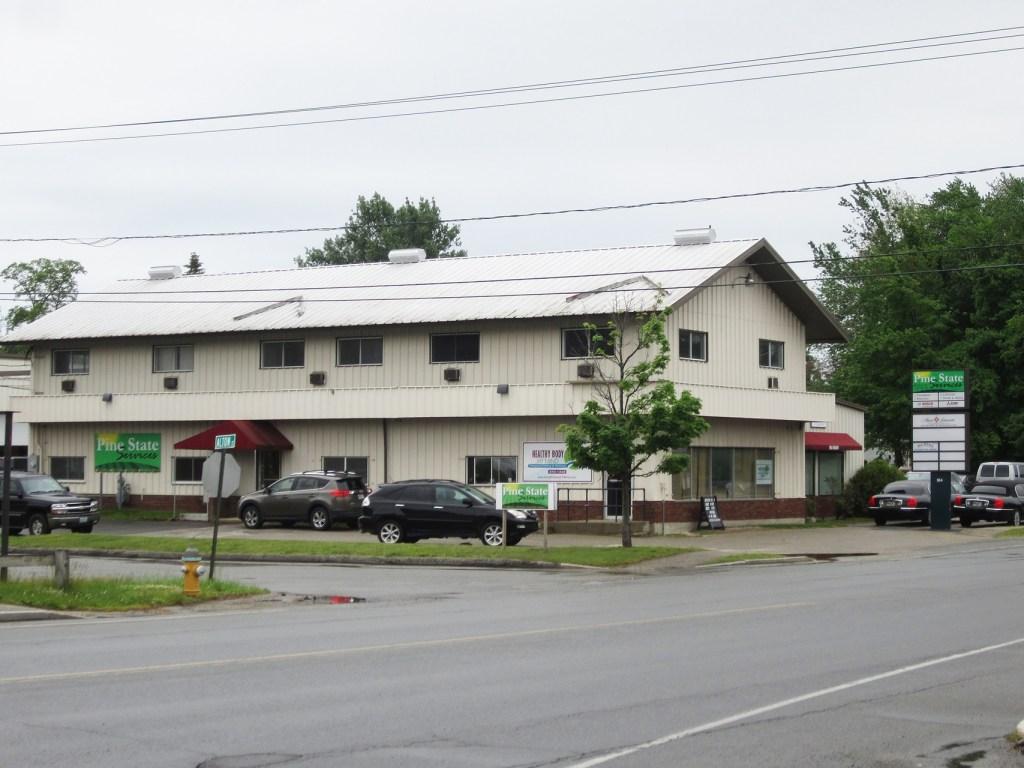 184 Main St-Photo