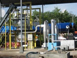 Salah satu pembangkit listrik tenaga biomassa yang sudah beroperasi di Indonesia.