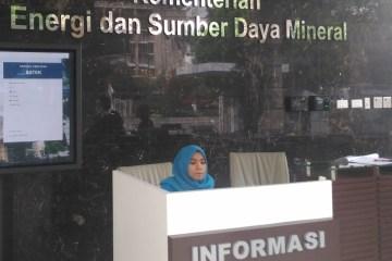 Kementerian ESDM Gandeng OJK Atasi Kesulitan Keuangan Pengembang EBT