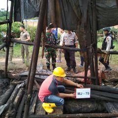 Pemerintah Susun Skema Pemanfaatan Minyak Illegal Drilling