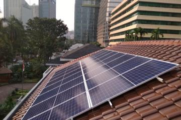 Sistem Jawa Bali Diproyeksi Bisa Akomodasi 2.500 MW PLTS Atap