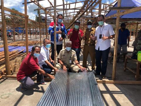 Pertagas Salurkan Bantuan Material Pasca Kebakaran Pasar Citra Mas Lhoktuan