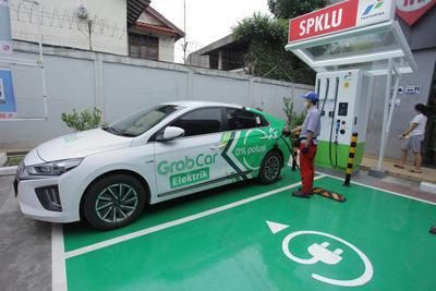Kendaraan Listrik Opsi Transportasi Ramah Lingkungan