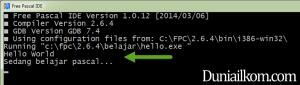 Hasil Run Kode Hello World menggunakan Free Pascal