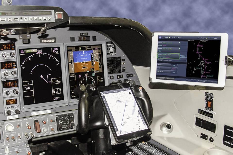 15-192_tasar_in_cockpit_0