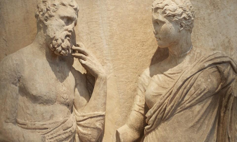 Arasında 'lütfen'in lafı olmayan eşit ve demokrat eski Yunan heykelleri (Aleksandr Zykov/Flickr)