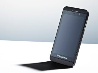 Z10 - BlackBerry'nin modern işletim sistemlerini yakalamak için geliştirdiği BB10 ilk kez bu telefonda kullanıldı.