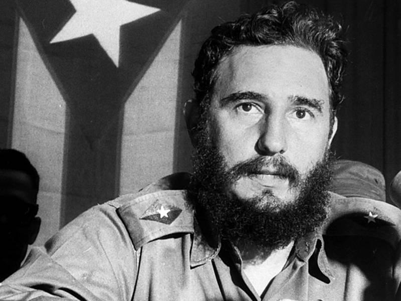 50 yıl boyunca ABD'nin yanı başında komünist bir rejimin liderliğini yapan Fidel Castro