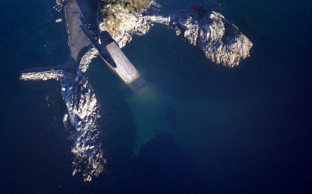 underwater-hotel-by-snohetta_dezeen_2364_col_0-1704x1060