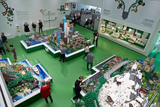 LEGO-house-bjarke-ingels-group-big-museum-billund-denmark-designboom-06