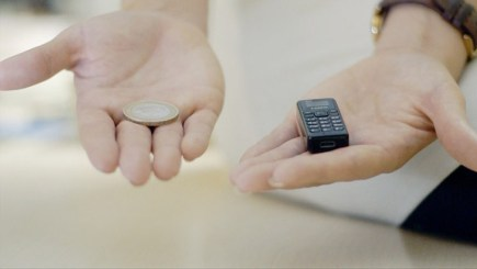 zanco-tiny-t1-phone-designboom02