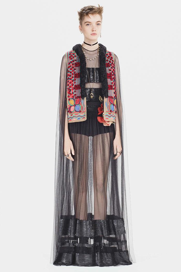 Dior'un 30 bin Avro'ya sattığı yelek