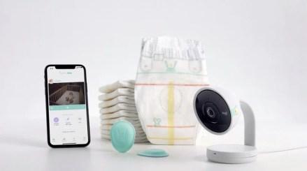 google-pampers-lumi-smart-diapers-designboom-2