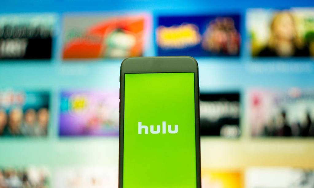 hulu advantages disadvantages