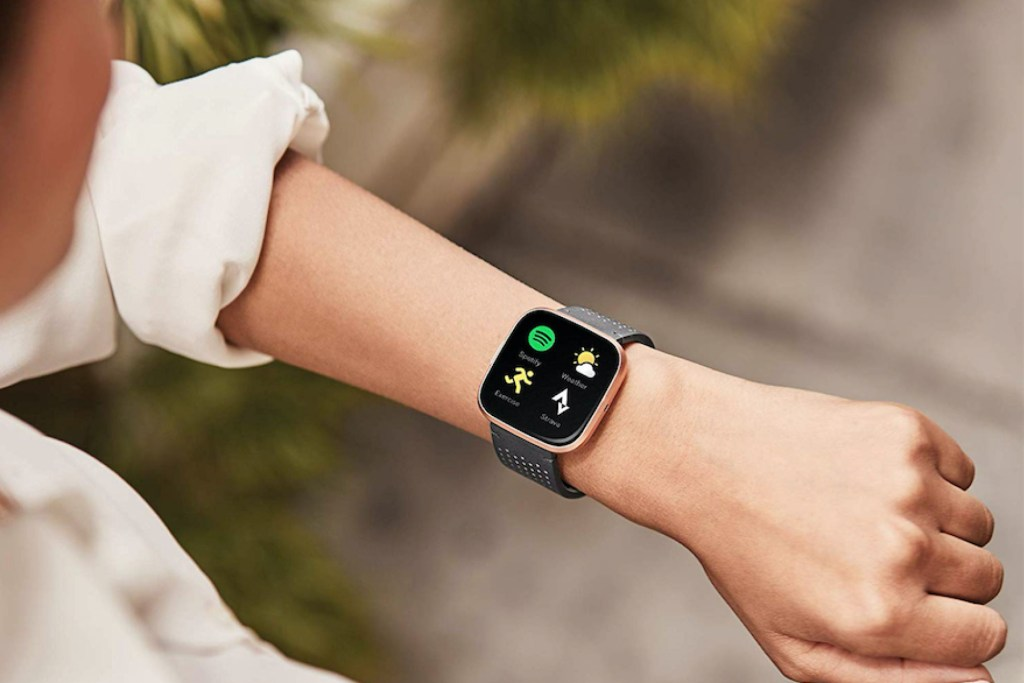 Smartwatches vs Traditional Watches