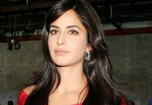 Katrina Ka Shahrukh Ky Sath Kam Karny Sy Inkar