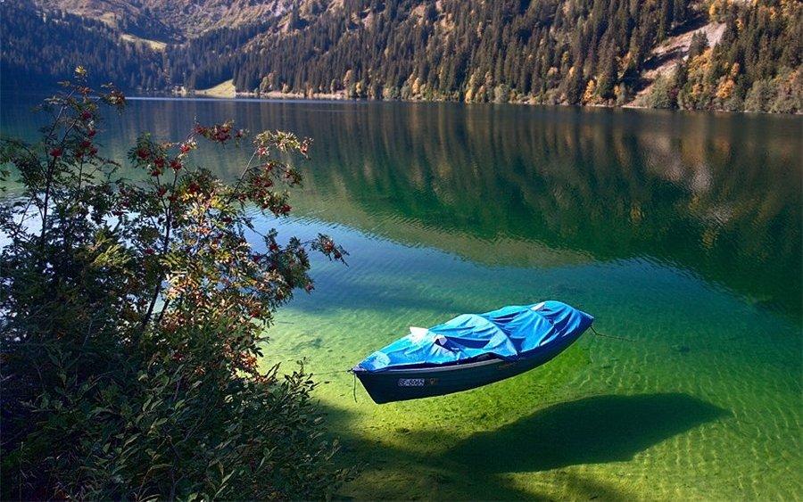 worlds most beautiful lakes