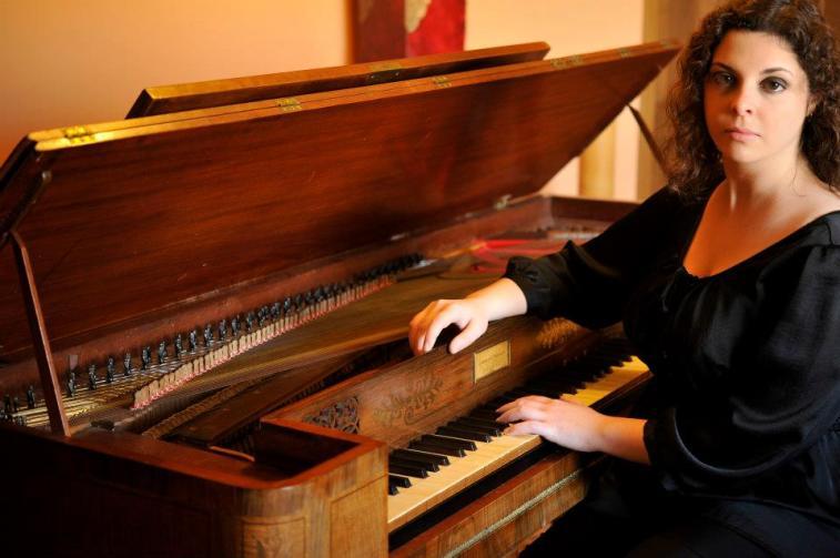 laura-savigni-fortepiano-01