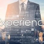 Qui doit piloter l'expérience employé dans l'entreprise ?