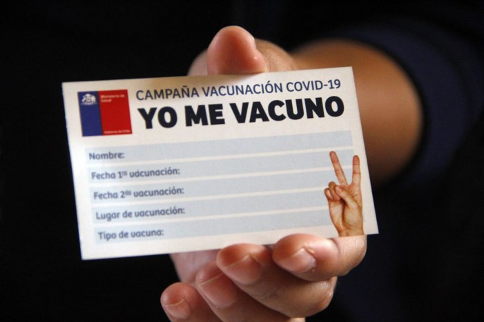 """Críticas al """"Carnet Verde"""": El tipo de vacuna y las cifras de contagio  provocan dudas » DUPLOS"""
