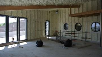 Bureau du 1er étage 300 mm sur les rampant et 150 mm sur les murs