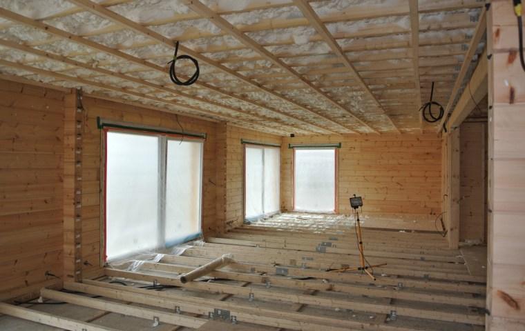 isolation d 39 une maison en bois massif ikihirsi. Black Bedroom Furniture Sets. Home Design Ideas