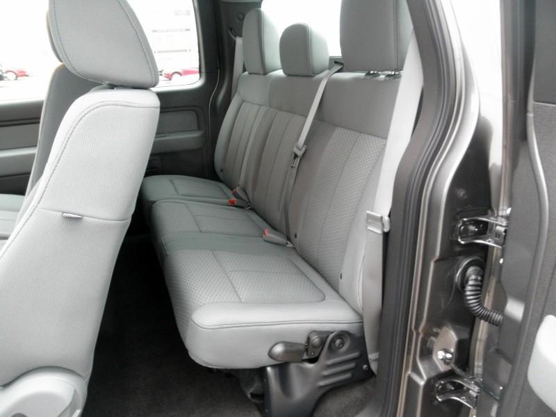 2011 2014 Ford F150 Super Cab Xl Amp Stx Rear Solid Back 60