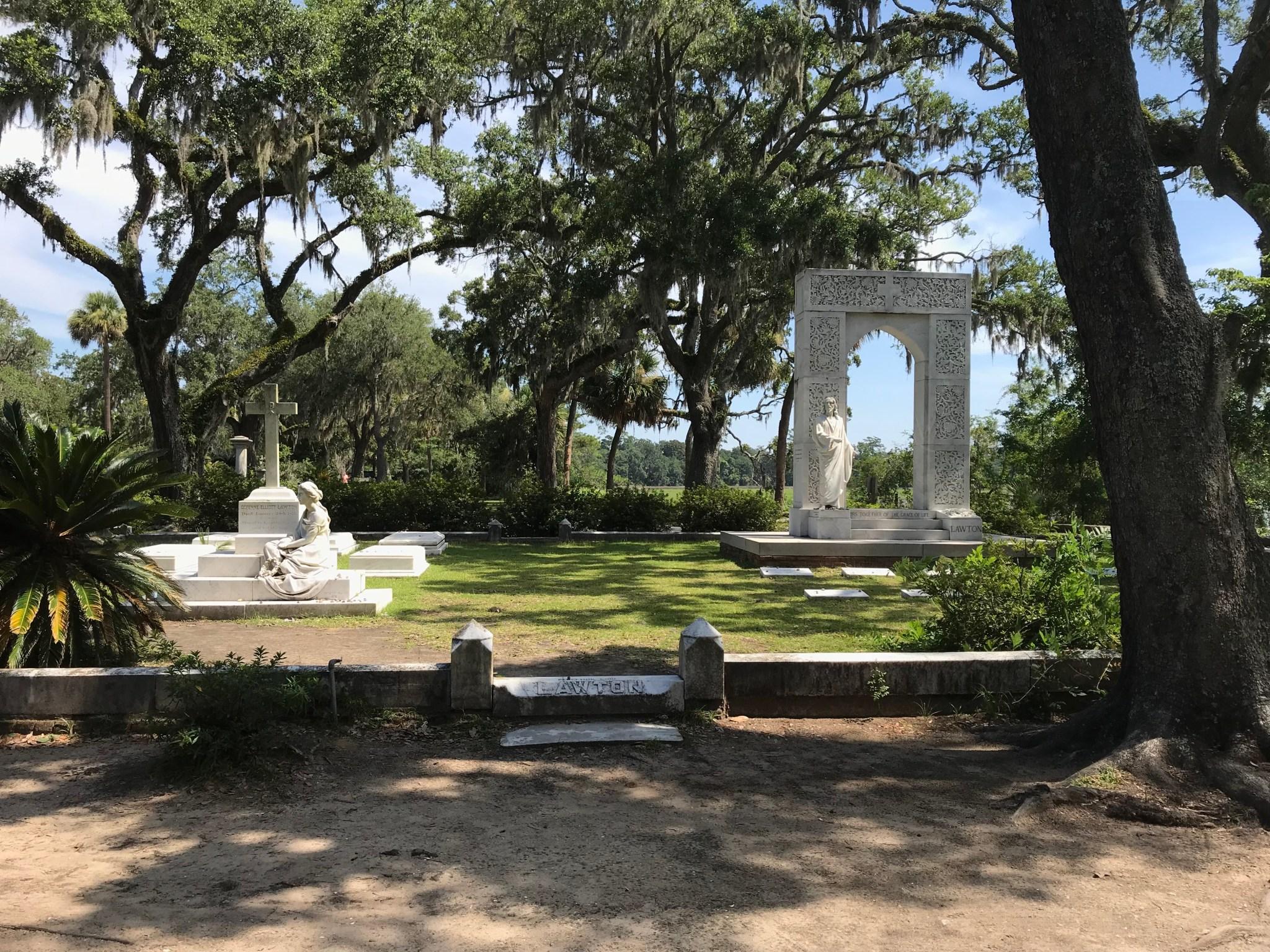 Lawton Boneventure Cemetery