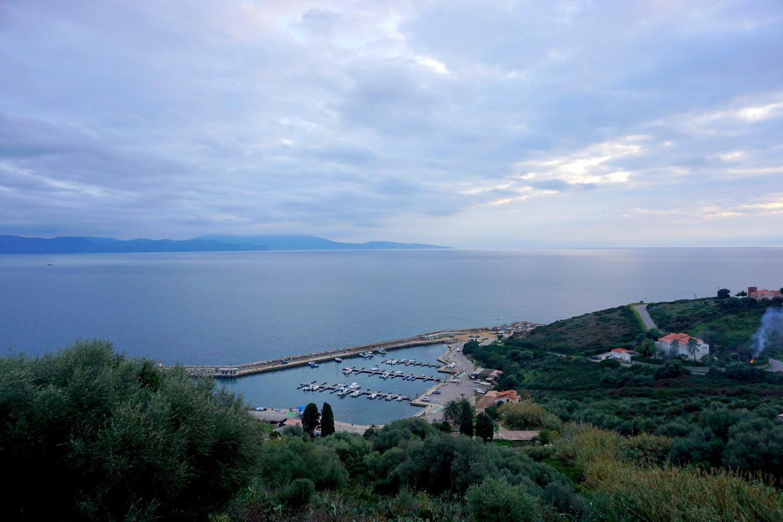 cargèse corse road trip voyage eglise port