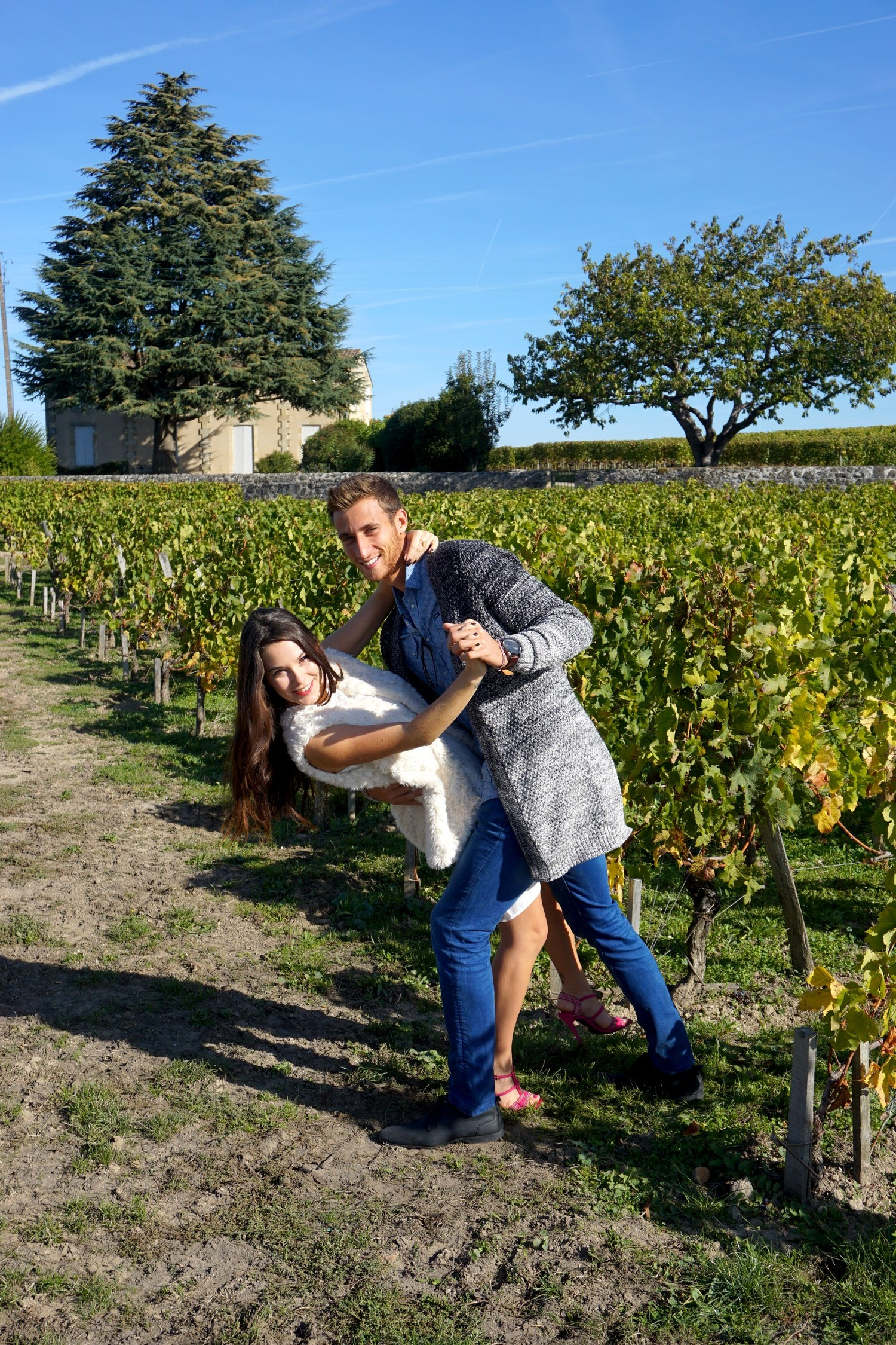 1-an-du-blog-en-couple-bordeaux-corse-blog-voyage-lifestyle-mode-look-shooting-photo-couple-vigne-09
