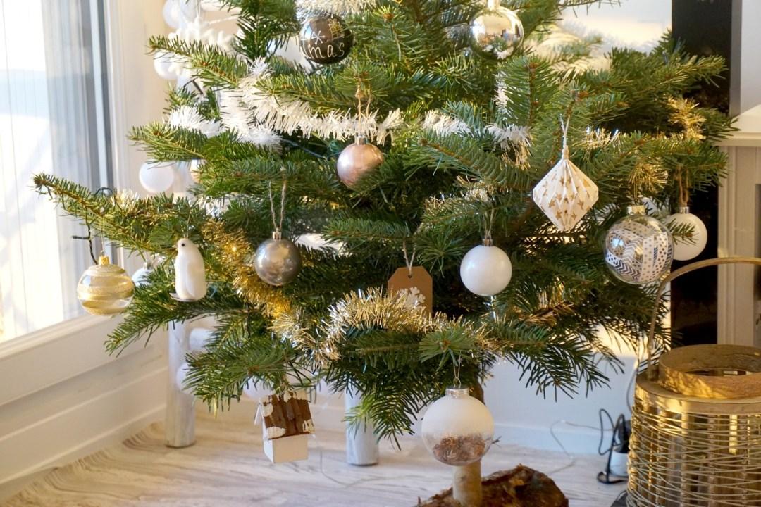 notre-sapin-2016-noel-cocooning-blanc-gold-bordeaux-blog-couple-14