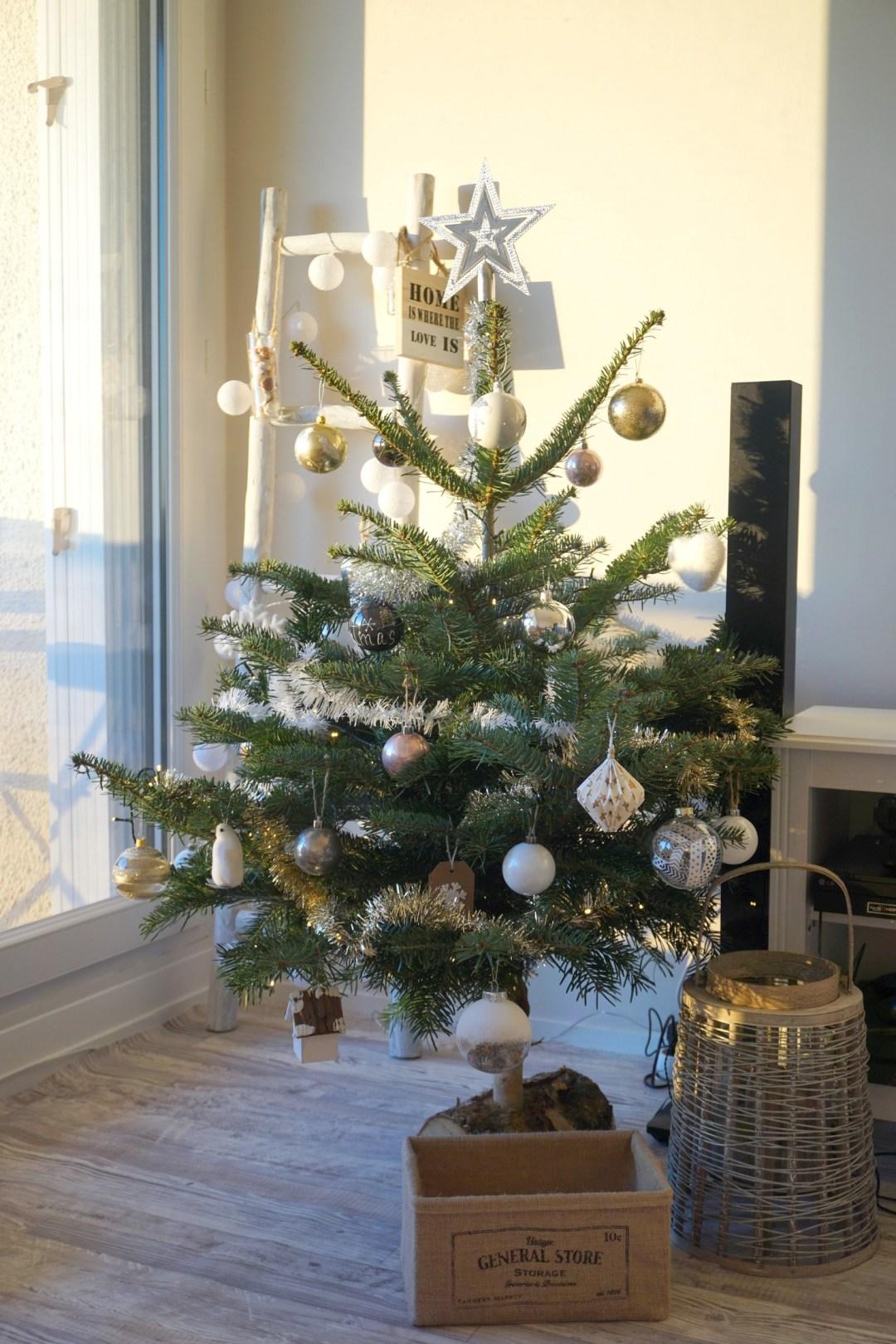 notre-sapin-2016-noel-cocooning-blanc-gold-bordeaux-blog-couple-18