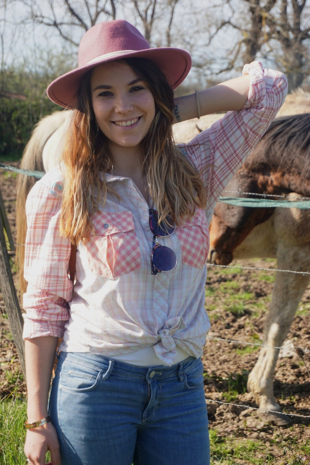 LOOK WESTERN GIRLY COW GIRL CHAPEAU ROSE BLOG MODE BORDEAUX FRANCE CORSE FASHION CENTRE EQUESTRE 05