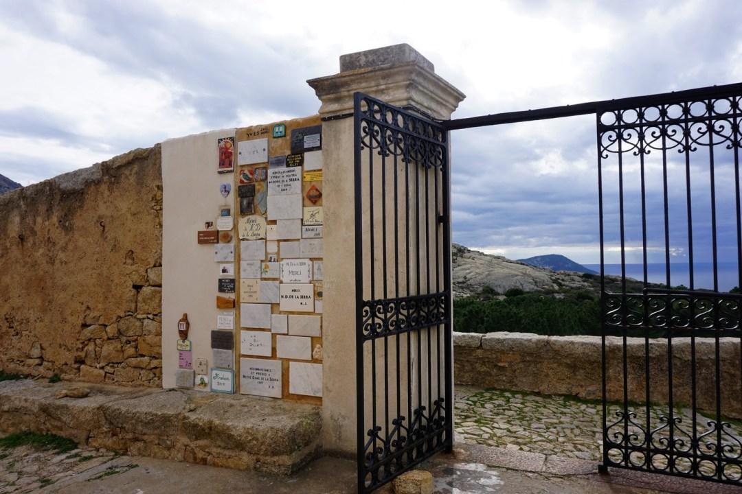 NOTRE DAME DE LA SERRA BAIE DE CALVI PANORAMIQUE BLOG VOYAGE TOURISME CORSE CORSICA COUPLE ROAD TRIP 11