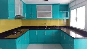 Dapur dengan warna retro