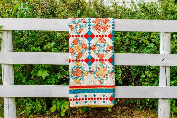 Amish and Mennonite Made Quilts – 4-Patch Stack and Whack/4-Patch Posey