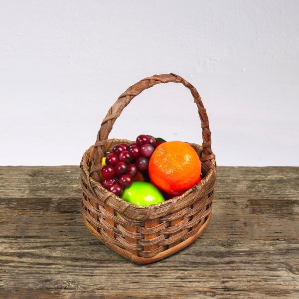 Small Heart Fruit Basket with Wooden Handle Brown