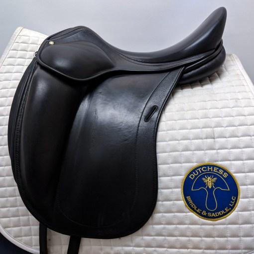 Luc Childeric DAC monoflap dressage saddle in black calfskin leather