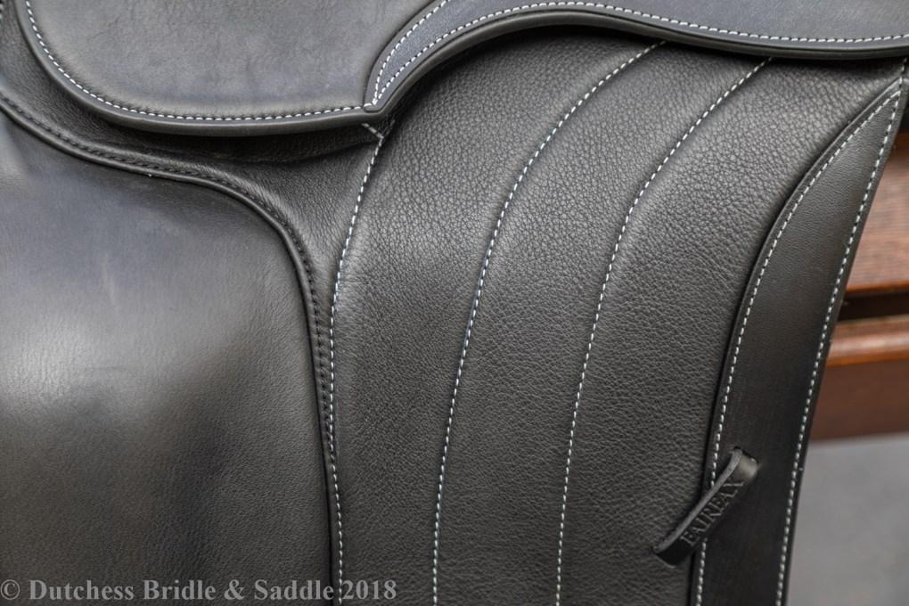 Fairfax Spencer Monoflap dressage saddle flap close-up view