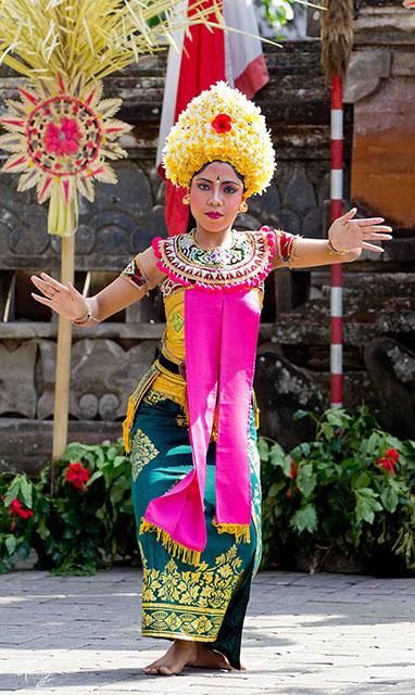 Bali Legong Dans