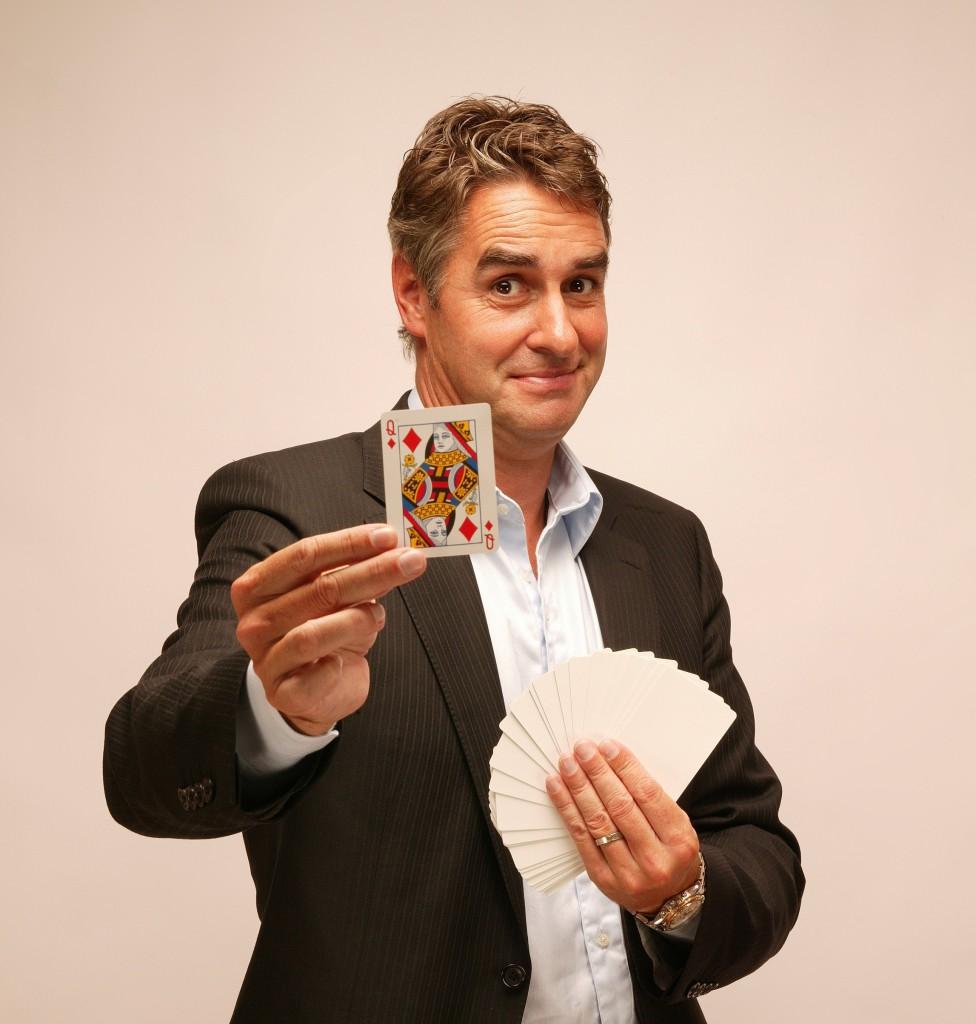 table-magic, beursmagic, business magic louis baerts goochelaar www.dutchmagic.nl