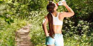 Afvallen door meer water te drinken