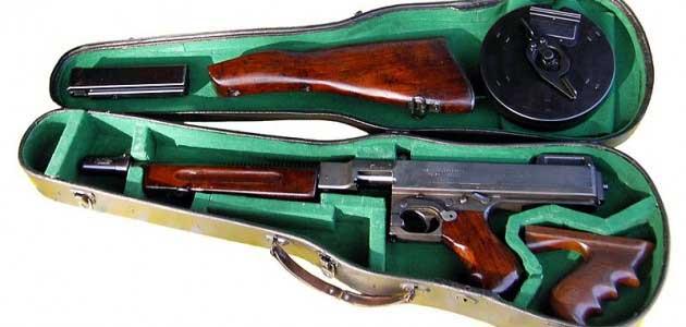 Tommy Gun in de vioolkist, het ouderwetse gangsterwapen